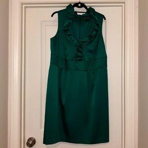 BEAUTIFUL Kelly Green dress